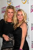 Kathy Hilton, Kim Richards Fotos de archivo