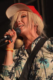 Katie White av Ting Tings. Royaltyfria Bilder