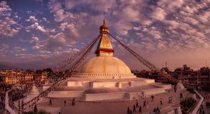"Katmandu, Nepal †""8 November Boudhanathstupa bij zonsondergang Stock Foto's"