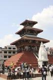 KATMANDU, NEPAL - April 16, 2011: Historische tempel in de oude stad van Katmandu Stock Afbeeldingen