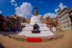 KATMANDU, NEPAL 15 DE OCTUBRE DE 2017: Opinión de la tarde del stupa de Bodhnath - Katmandu - Nepal, efecto del ojo de pescados Imágenes de archivo libres de regalías