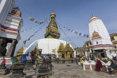 KATMANDU, NEPAL - FEBRUARI 10, 2015: Stupa in Swayambhunath Royalty-vrije Stock Foto