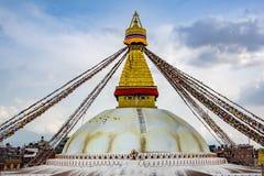 Katmandu, Nepal mag, 2 2018 Landschaps vooraanzicht van Boudhanath Stupa stock afbeelding