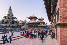 Katmandu Nepal - Oktober 26,2018: Den Patan templet, den Patan Durbar fyrkanten placeras på mitten av Lalitpur, Nepal Det är ett  fotografering för bildbyråer
