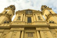 Katolicka bazylika budująca w Wysokim baroku stylu Obrazy Royalty Free