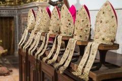 Katolicka klerykalna nakrętka, infuła fotografia stock