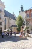Katolsk domkyrka i den historiska staden av Lvov Royaltyfri Foto