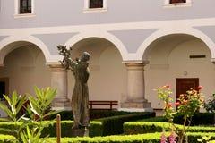 Katolsk kloster arkivbilder