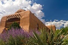 Katolsk kyrka för St. Thomas, Abiquiu, New Mexico Arkivbilder