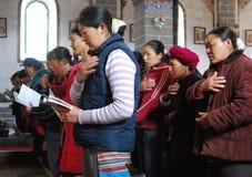 Katolsk kyrka i kinesiskt land Arkivfoto