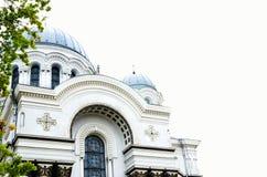 Katolsk kyrka i Litauen, framdel av byggnaden Arkivfoton