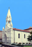 Katolsk kyrka i San Remo Royaltyfria Foton