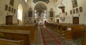 katolsk kyrka inom stock video