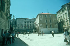 katolska croatia introducerade först den mass prästen delad till vernacular vem Arkivbilder