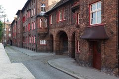 Katowice en Pologne, Nikiszowiec, bâtiments traditionnels et vieux du secteur d'extraction de la Silésie Images libres de droits