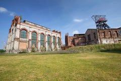 Katowicki w Polska, Przemysłowym krajobrazie/stary mineshaft obrazy royalty free