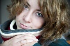 Katrin met sjaal Stock Afbeeldingen