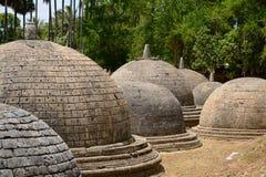 Katurogoda altes Vihara, dagobas Lizenzfreie Stockfotografie