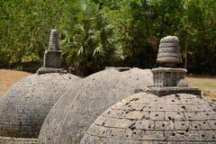 Katurogoda Oude Vihara, dagobas Stock Afbeeldingen