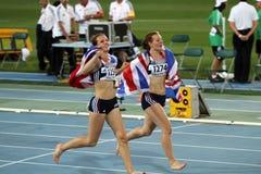 Katy Marchant et Emma Bucket après le fini Photo libre de droits