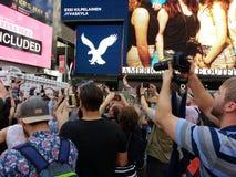 Katy Perry dans le Times Square, NYC, Etats-Unis Photographie stock libre de droits