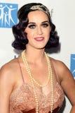 Katy Perry llega la ciudad del acontecimiento de Bob Pittman de los honores de la música de la esperanza y del grupo de la industr fotos de archivo libres de regalías