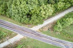 Katy Trail recreativa en Missouri - visión aérea fotos de archivo