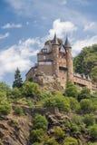 Katz Castle au-dessus de StGoarhausen en vallée du Rhin, Allemagne Photo stock