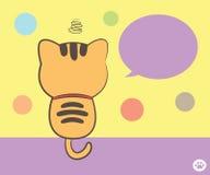 Katze, die zurück mit Spracheblase sitzt Stockfoto