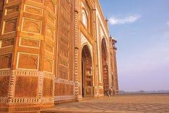 Kau在日出的阿格拉取缔清真寺 免版税库存照片