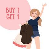 Kauf man erhalten 1 freies Rabatt Promomädchen, das glücklicher Holdingkauf Kleidung wählen Lizenzfreie Stockfotos