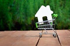 Kauf oder Verkauf des Hauses, Wohnung Stockbild
