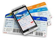 Kaufende Flugtickets online lizenzfreie abbildung