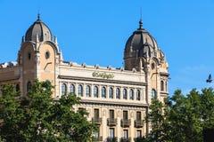 Kaufhaus EL Corte Ingles gelegen auf Placa de Catalun lizenzfreies stockbild