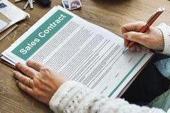 Kaufvertrag bildet Dokumenten-Rechtsauffassung Lizenzfreie Stockfotos