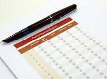 Kaufvertrag und Check-Liste stockbild