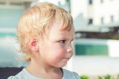 Kaukasisches blondes Baby, Nahaufnahme Lizenzfreie Stockfotografie