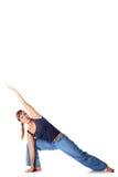 Kaukasisches Mädchen, welches die Yogahaltungen getrennt auf Weiß tut Stockfoto