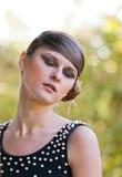 Kaukasisches Mädchenportrait mit Verfassung Lizenzfreies Stockfoto
