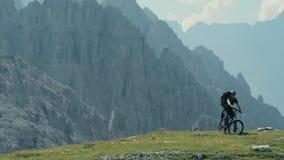 Kaukaski Halny rowerzysta zbiory