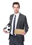 Kaukaski scooer kierownika mienie z futbolem i schowkiem Zdjęcie Royalty Free