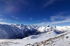 Kaukasus berg Arkivfoton