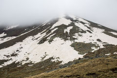 Kaukasus berg i Kazbegi, Georgia Arkivfoto