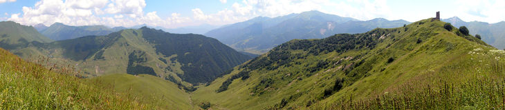 Kaukasus-Berge Lizenzfreie Stockfotos
