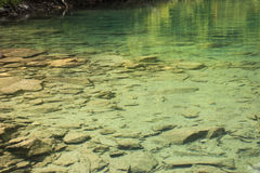 kaukasus Ein See in den Bergen Stockbilder