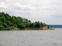 Kaunas kunstmatige overzees - Nemunas-rivierwaterkering stock foto's