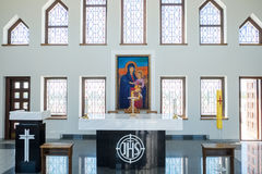 Kaunas Litauen - Maj 12, 2017: Inom av vår Lord Jesus Christs Resurrection Basilica i Kaunas arkivfoto