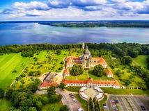 Kaunas Litauen: Pazaislis kloster och kyrka Royaltyfria Foton