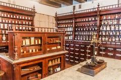 KAUNAS LITHUANIA, SIERPIEŃ, - 17, 2016: Muzeum historia Lithuania apteka w Kaunas i medycyna, Lithuani zdjęcia stock