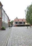 Kaunas 21,2014-Street augusto in vecchia città a Kaunas in Lituania Fotografia Stock
